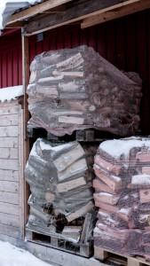 Norwegian Wood ISO 1250   23mm   ƒ/3.5  1/320 sec